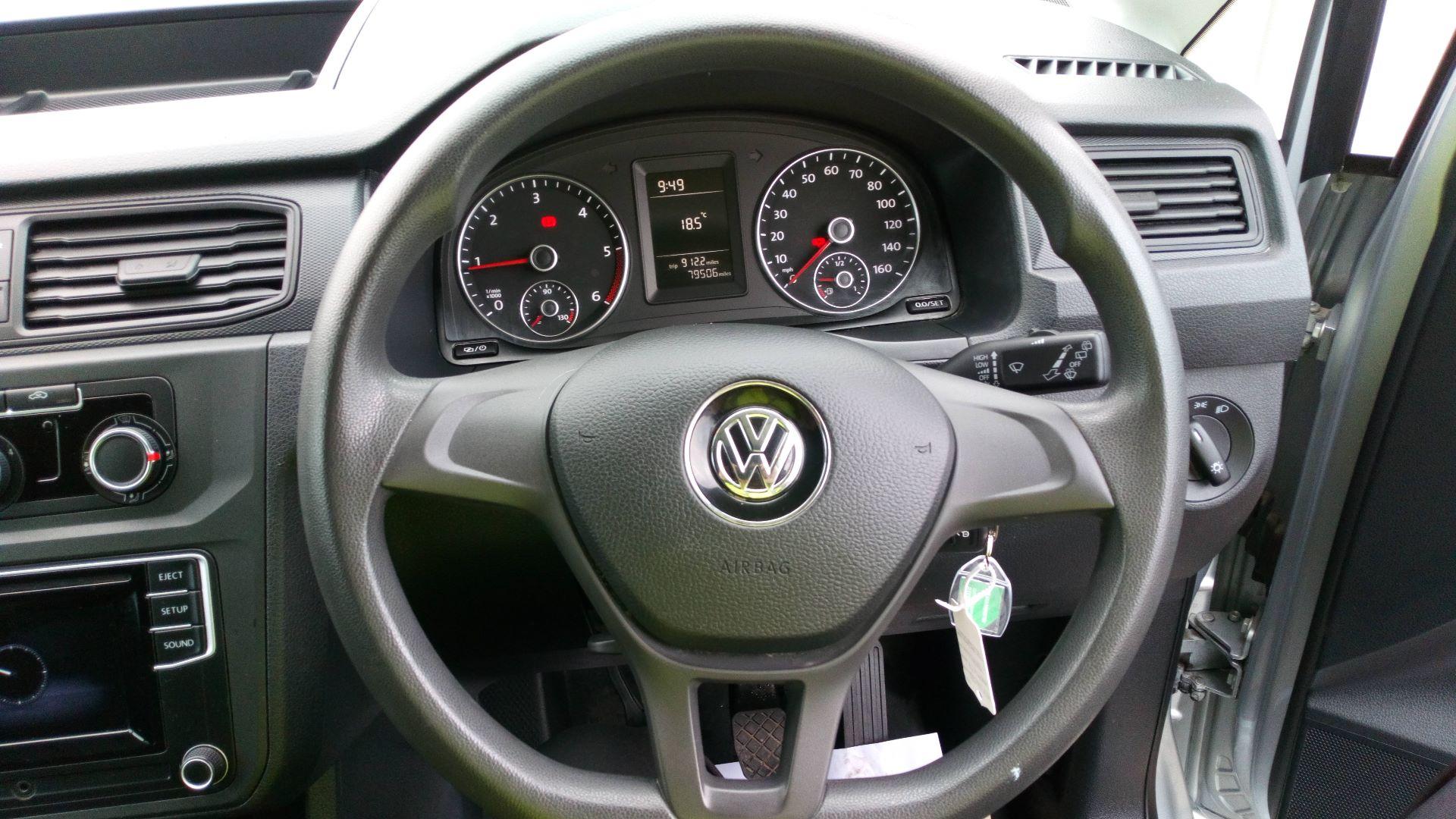 2017 Volkswagen Caddy 2.0 Tdi Bluemotion Tech 102Ps Startline Van (GD66XJK) Image 10