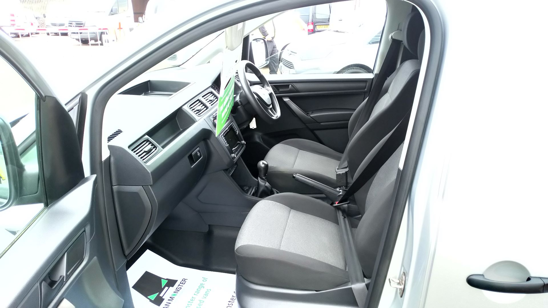 2017 Volkswagen Caddy 2.0 Tdi Bluemotion Tech 102Ps Startline Van (GD66XJK) Image 21