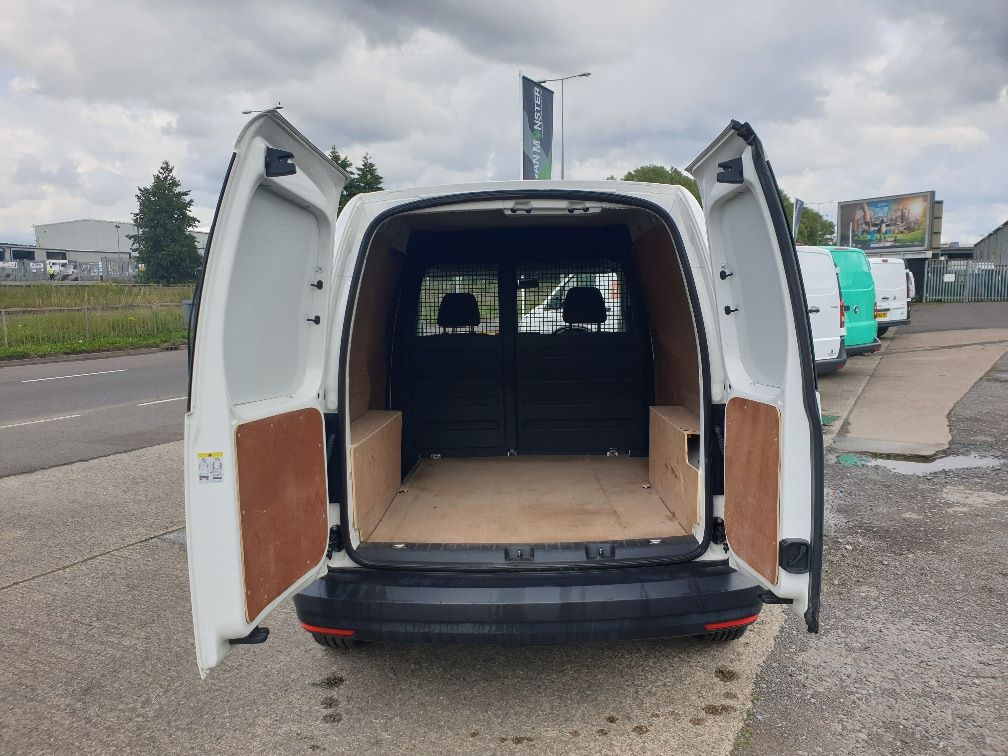 2017 Volkswagen Caddy 2.0 102PS BLUEMOTION TECH 102 STARTLINE EURO 6 (GD66XJN) Image 11