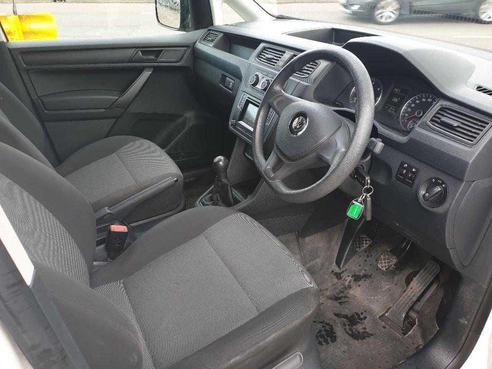 2017 Volkswagen Caddy 2.0 102PS BLUEMOTION TECH 102 STARTLINE EURO 6 (GD66XJN) Image 14