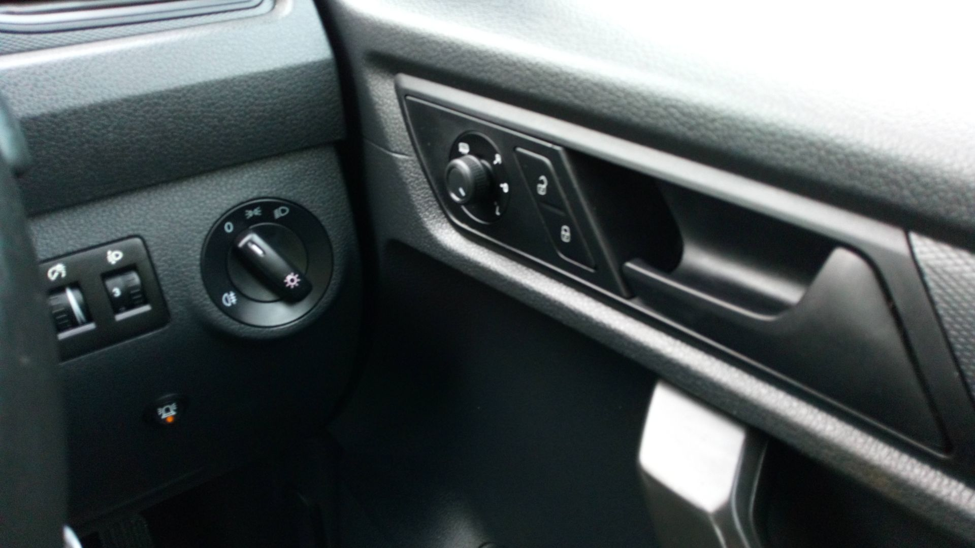 2017 Volkswagen Caddy 2.0 Tdi Bluemotion Tech 102Ps Startline Van (GD67AEC) Image 17
