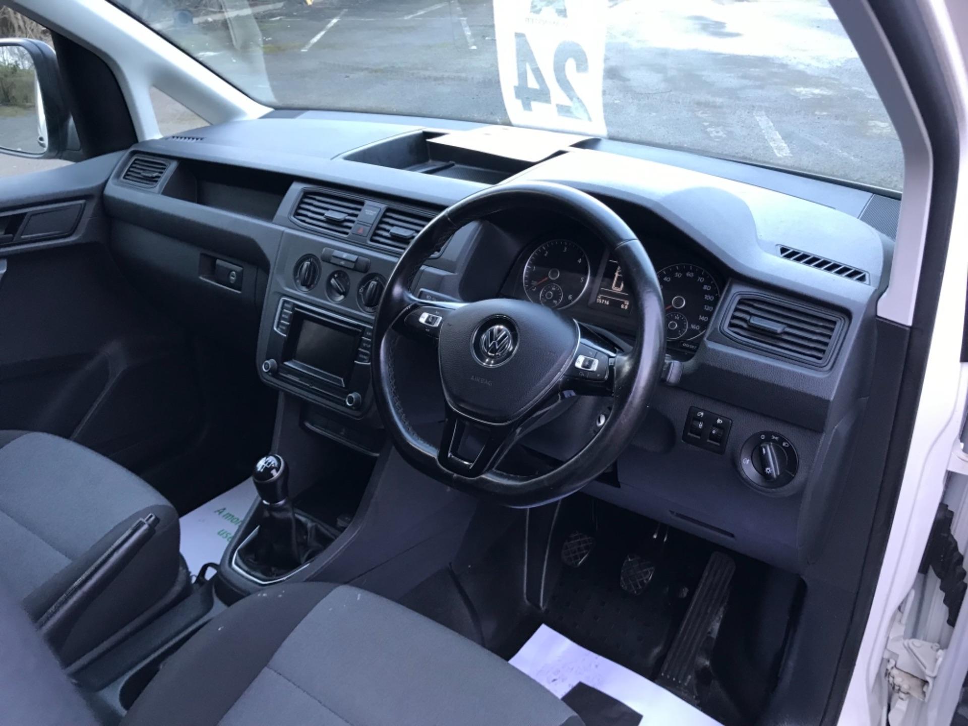 2017 Volkswagen Caddy 2.0 Tdi Bluemotion Tech 102Ps Startline Van Euro 6 (GD67AEF) Image 11