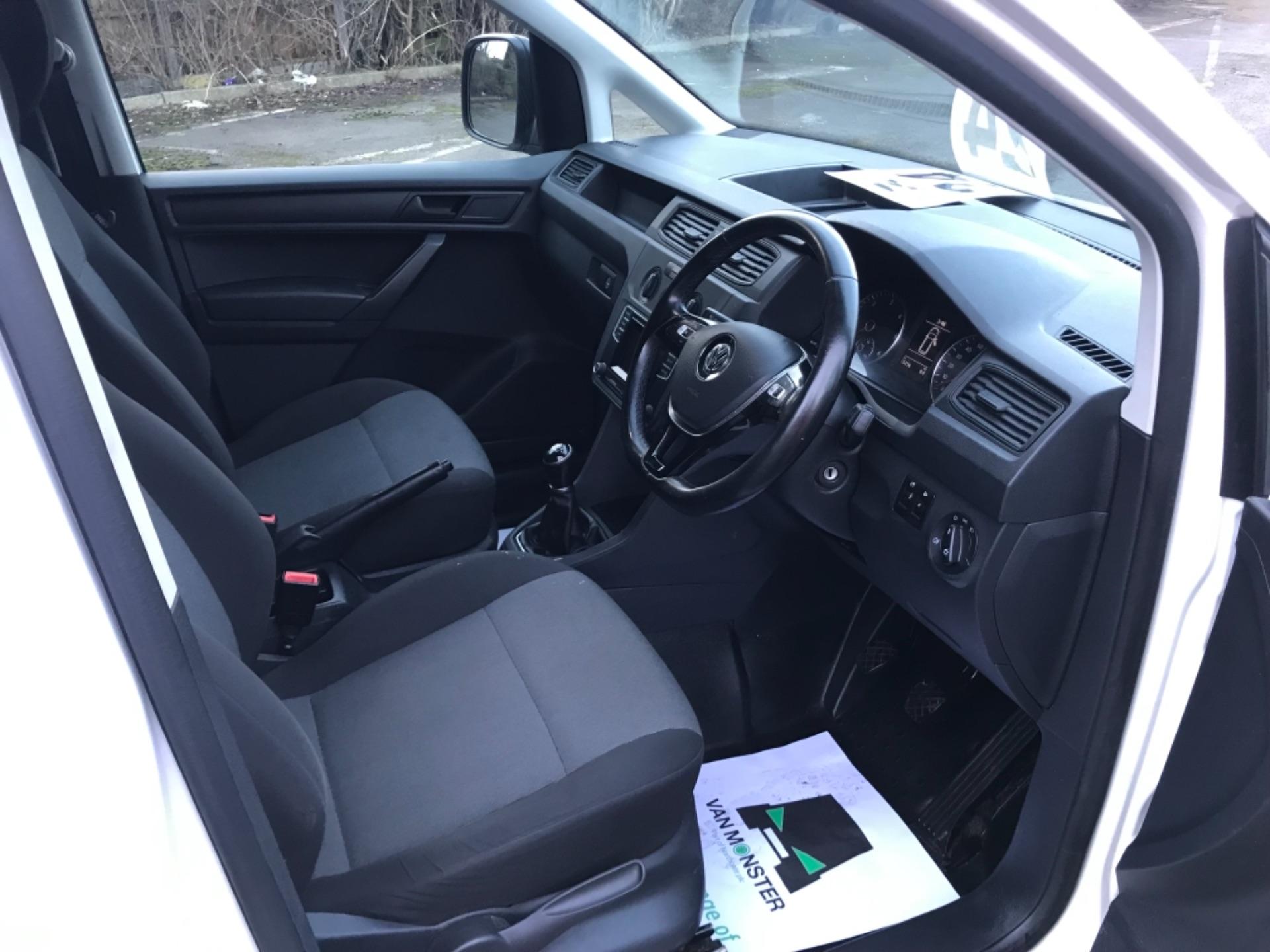 2017 Volkswagen Caddy 2.0 Tdi Bluemotion Tech 102Ps Startline Van Euro 6 (GD67AEF) Image 10