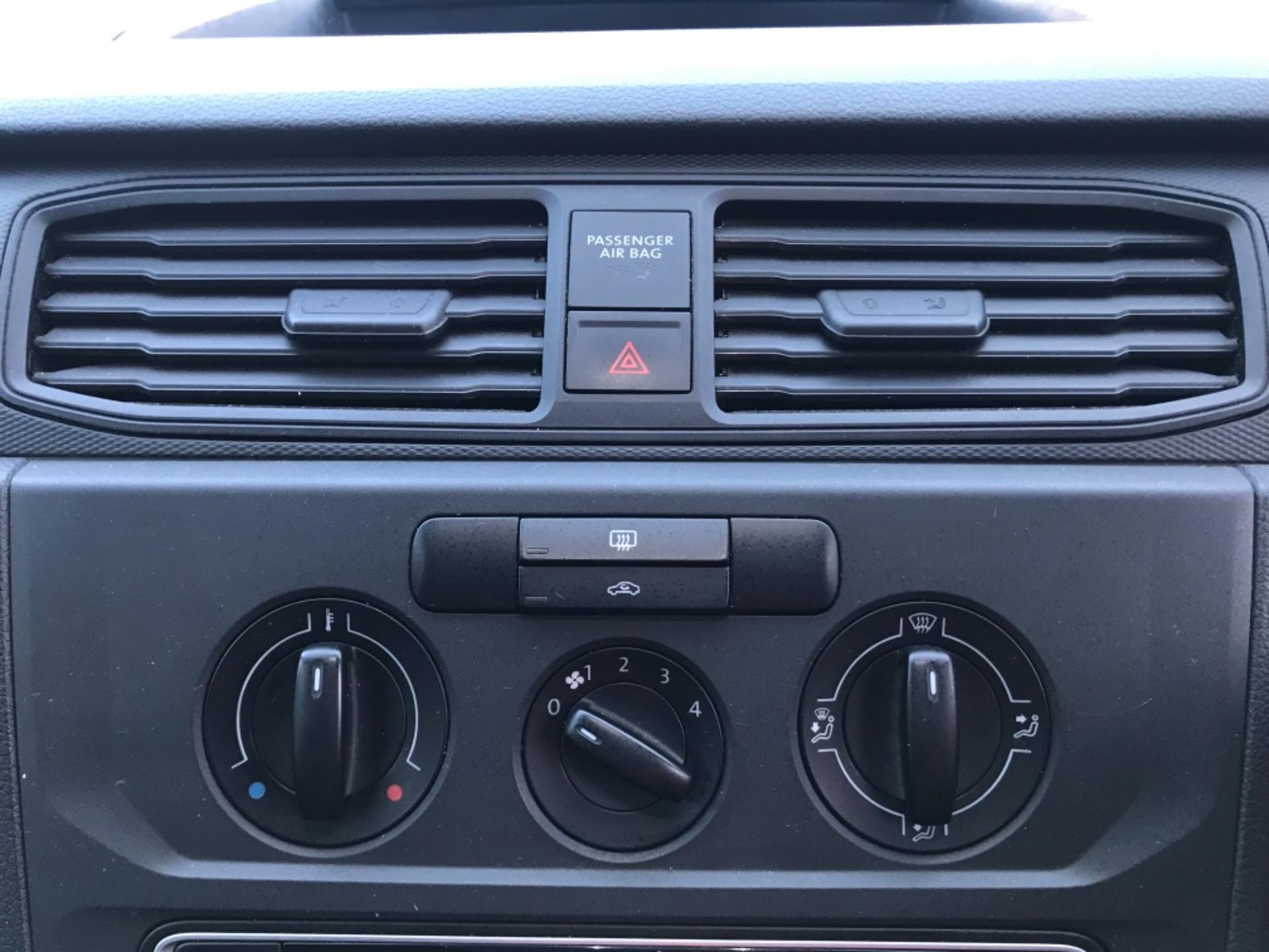 2017 Volkswagen Caddy 2.0 Tdi Bluemotion Tech 102Ps Startline Van Euro 6 (GD67AEF) Image 22
