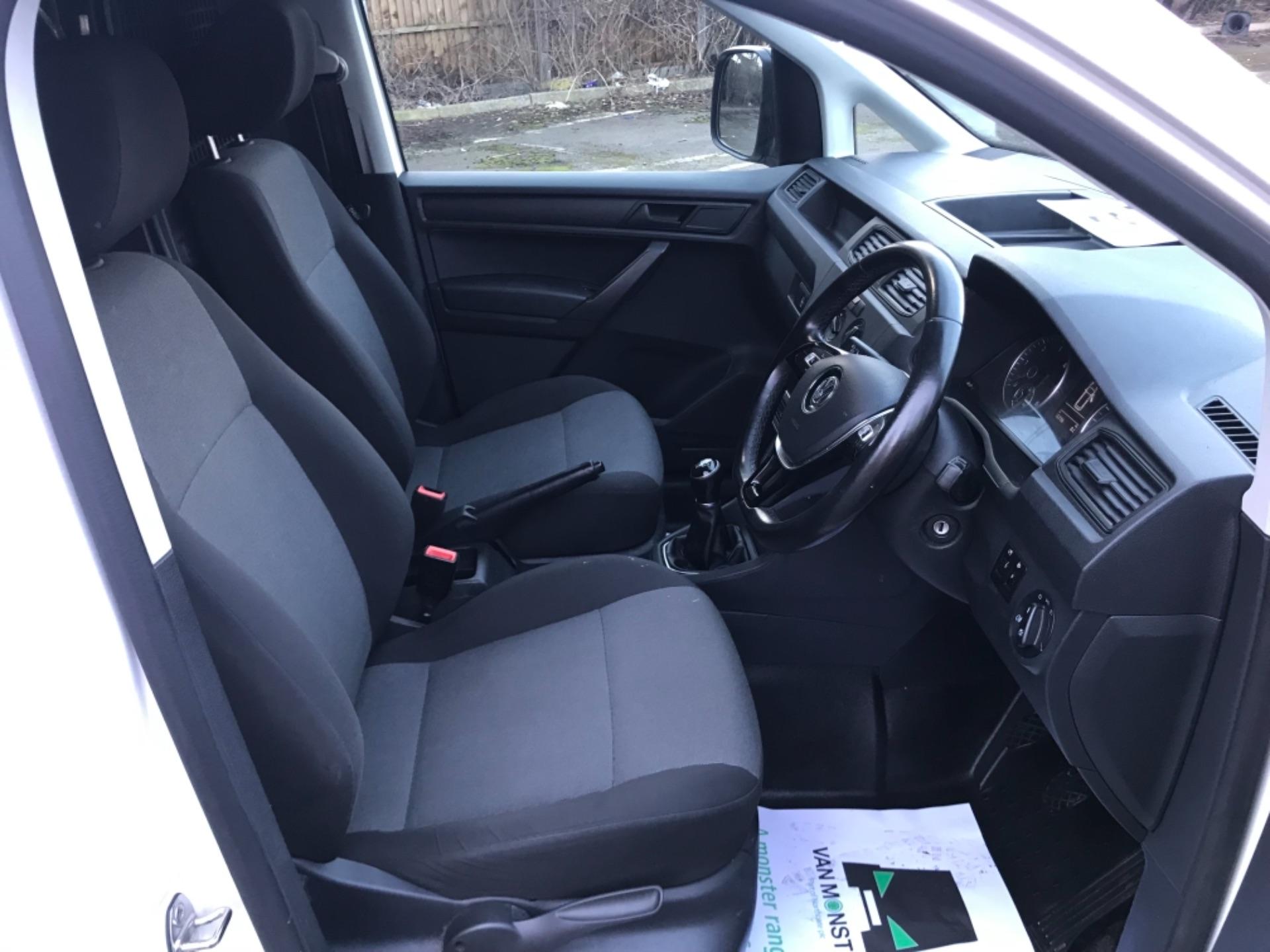2017 Volkswagen Caddy 2.0 Tdi Bluemotion Tech 102Ps Startline Van Euro 6 (GD67AEF) Image 12