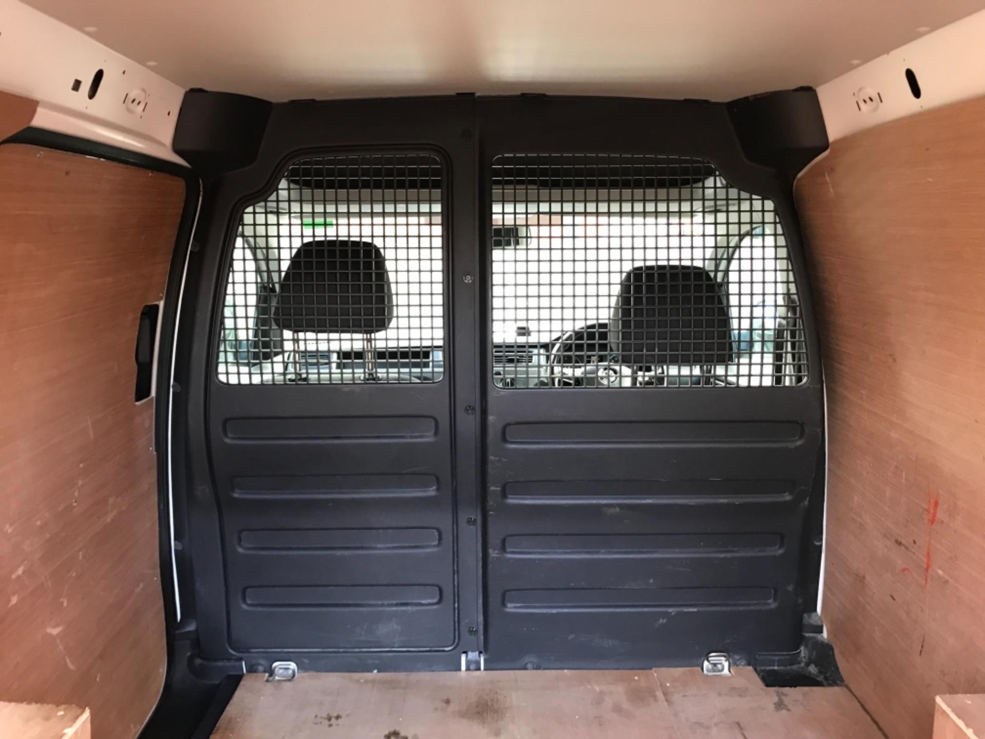 2017 Volkswagen Caddy 2.0 Tdi Bluemotion Tech 102Ps Startline Van (GD67DKO) Image 33