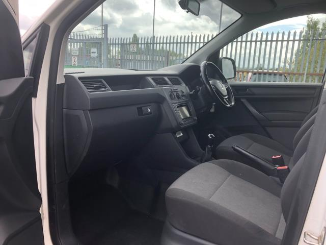 2017 Volkswagen Caddy 2.0TDI BLUEMOTION TECH 102PS STARTLINE EURO 6 (GD67DKV) Image 19