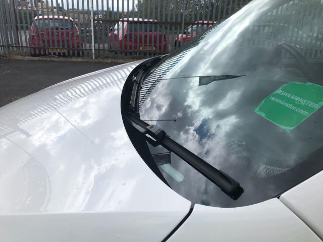 2017 Volkswagen Caddy 2.0TDI BLUEMOTION TECH 102PS STARTLINE EURO 6 (GD67DKV) Image 23