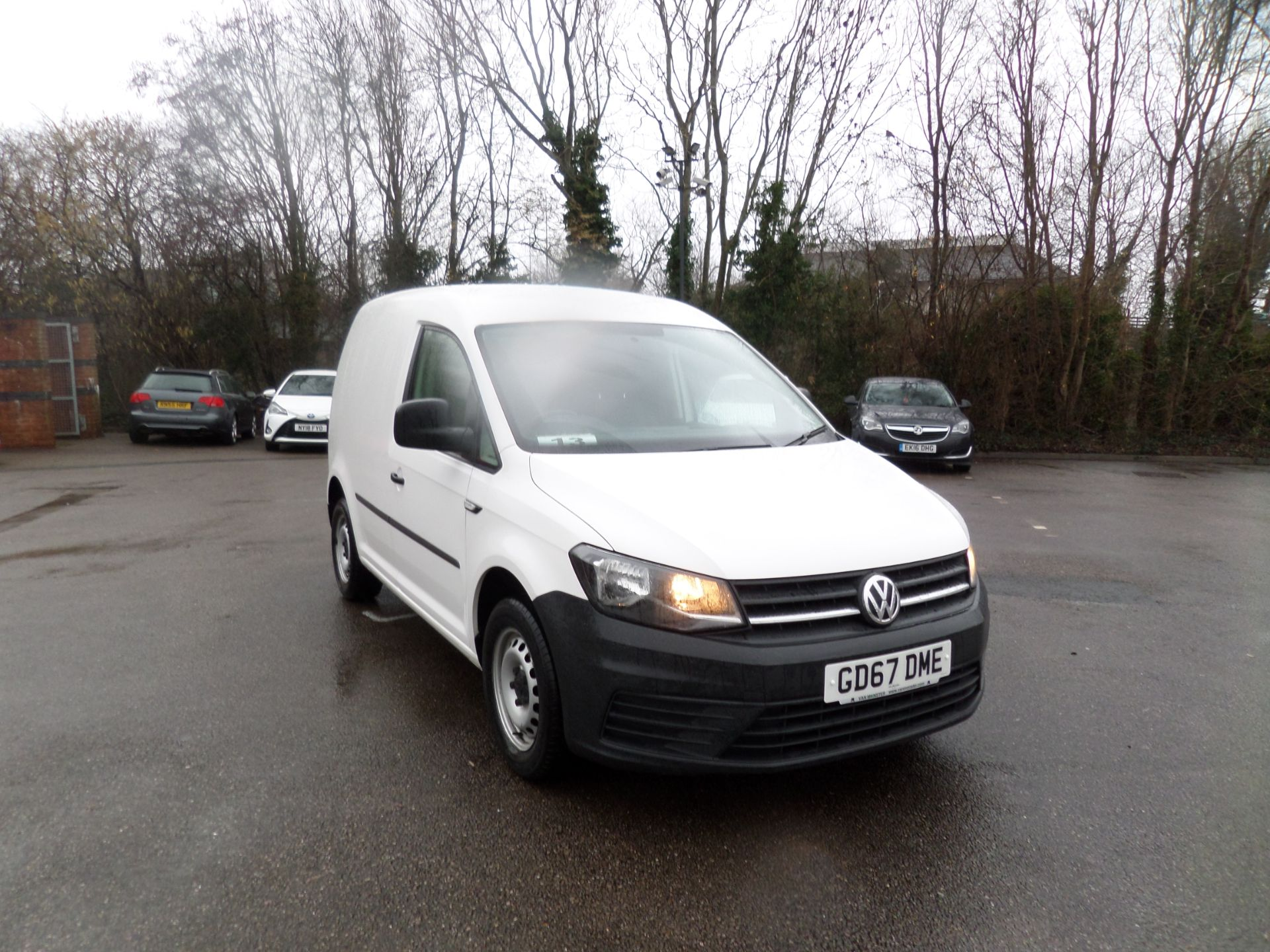 2017 Volkswagen Caddy 2.0 Tdi Bluemotion Tech 102Ps Startline Van Euro 6 (GD67DME) Thumbnail 1