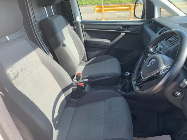 2018 Volkswagen Caddy Maxi  2.0 102PS BLUEMOTION TECH 102 STARTLINE EURO 6 (GD67NJE) Image 14