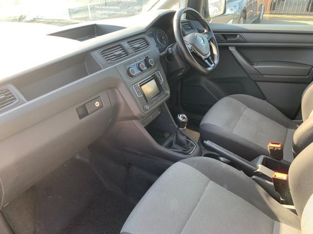 2018 Volkswagen Caddy Maxi  2.0 102PS BLUEMOTION TECH 102 STARTLINE EURO 6 (GD67NJE) Image 4