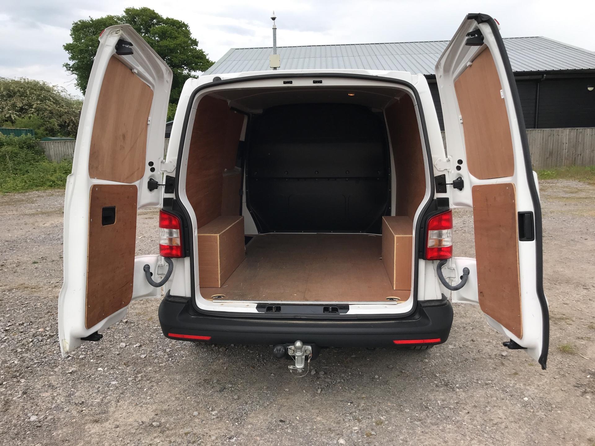 2015 Volkswagen Transporter 2.0 Tdi 84Ps Startline Van SWB (GF15ZDZ) Image 18