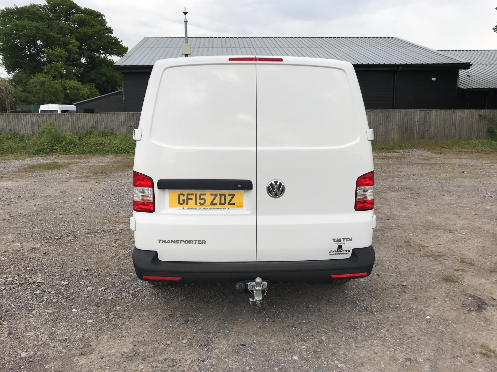 2015 Volkswagen Transporter 2.0 Tdi 84Ps Startline Van SWB (GF15ZDZ) Image 4
