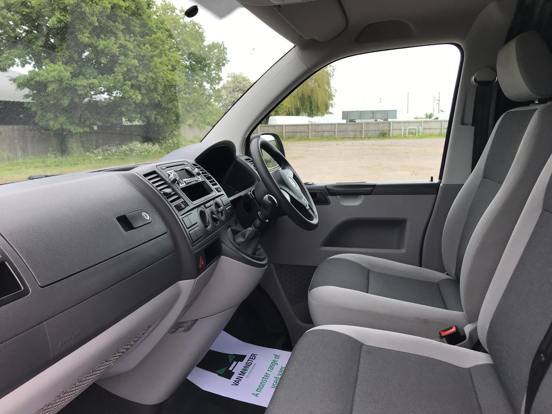 2015 Volkswagen Transporter 2.0 Tdi 84Ps Startline Van SWB (GF15ZDZ) Image 14