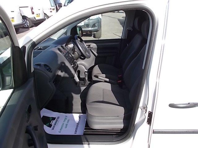 2016 Volkswagen Caddy  MAXI 1.6 102PS STARTLINE EURO 5 (GF16GHZ) Image 14