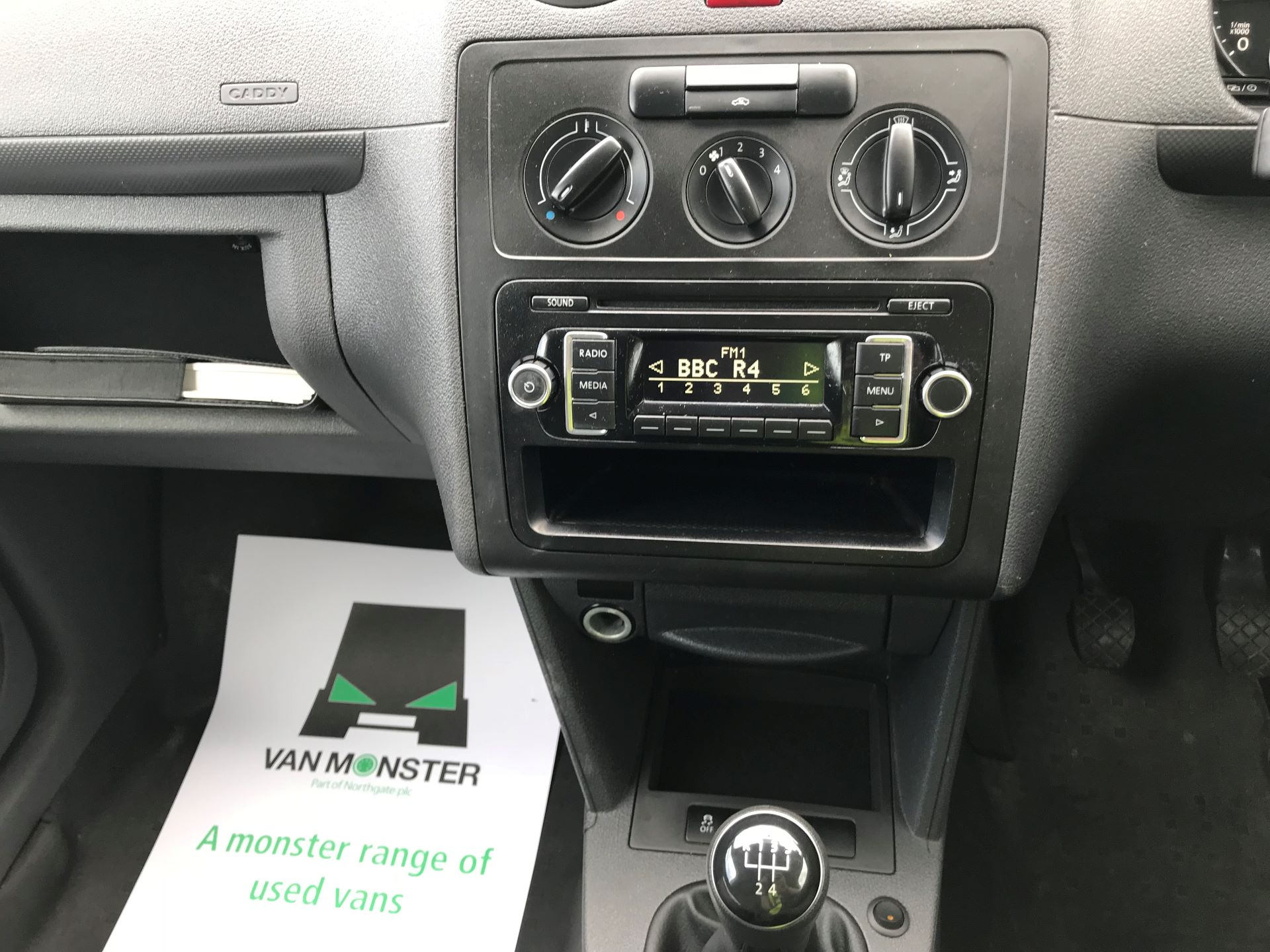 2016 Volkswagen Caddy  MAXI 1.6 102PS STARTLINE EURO 5 (GF16GKE) Image 27