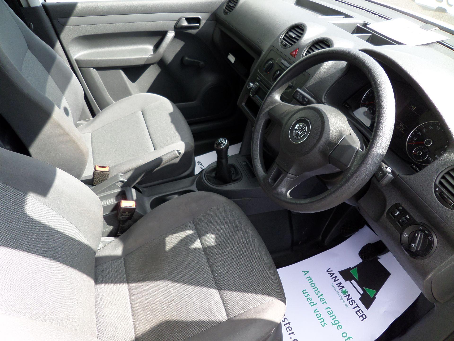 2016 Volkswagen Caddy Maxi 1.6 Tdi 102Ps Startline Van (GF16KTE) Image 2