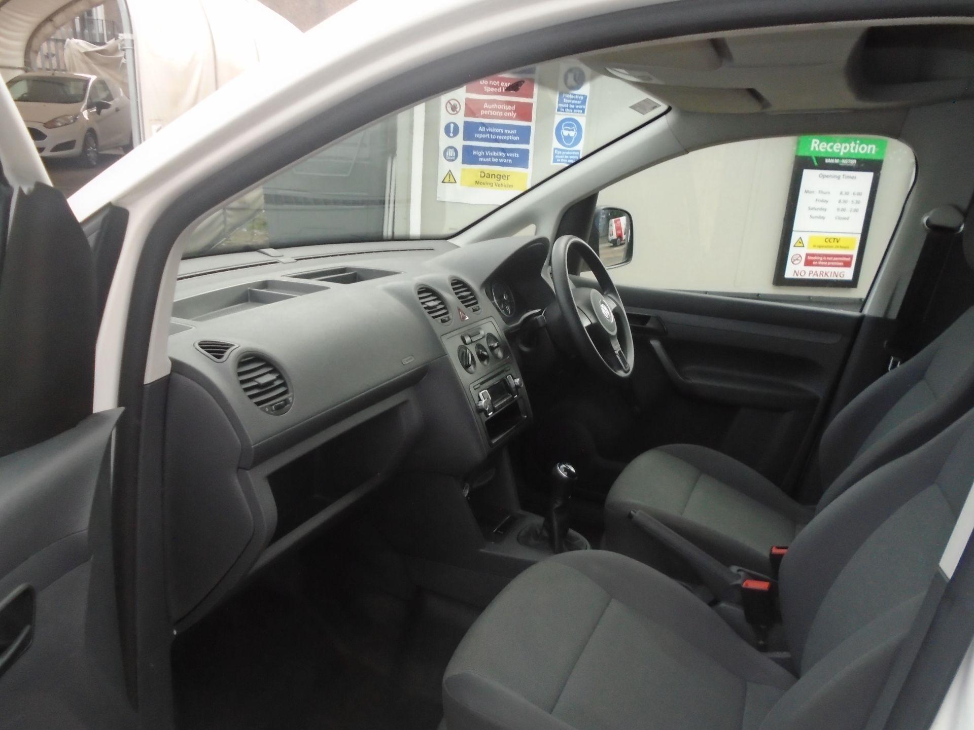 2016 Volkswagen Caddy Maxi 1.6 Tdi 102Ps Startline Van (GF16KTG) Image 46