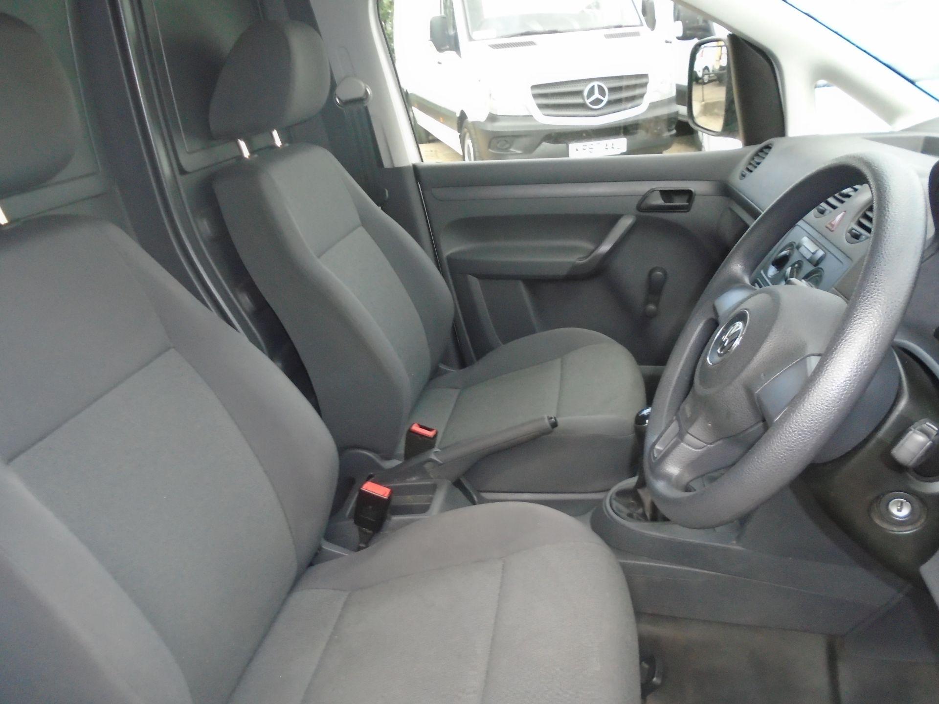 2016 Volkswagen Caddy Maxi 1.6 Tdi 102Ps Startline Van (GF16KTG) Image 49
