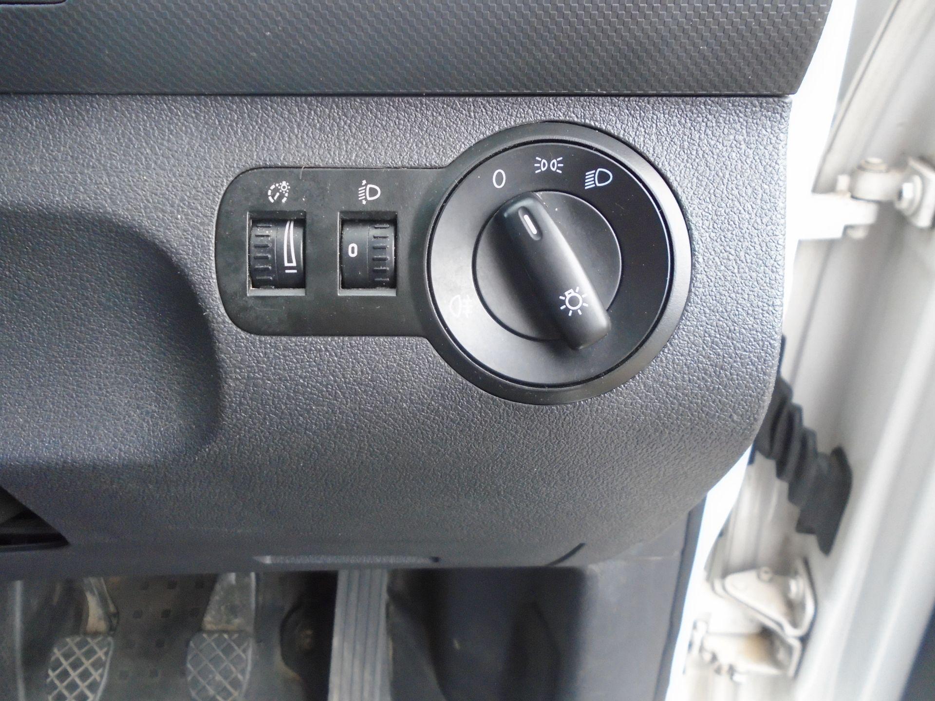 2016 Volkswagen Caddy Maxi 1.6 Tdi 102Ps Startline Van (GF16KTG) Image 53