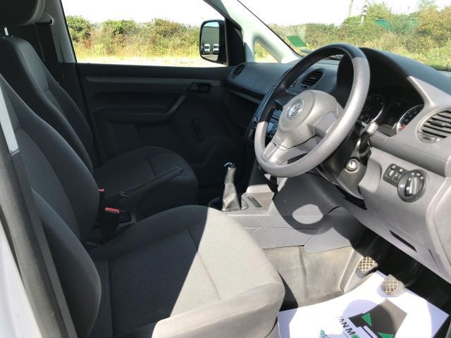 2016 Volkswagen Caddy Maxi 1.6 Tdi 102Ps Startline Van (GF16KTG) Image 24
