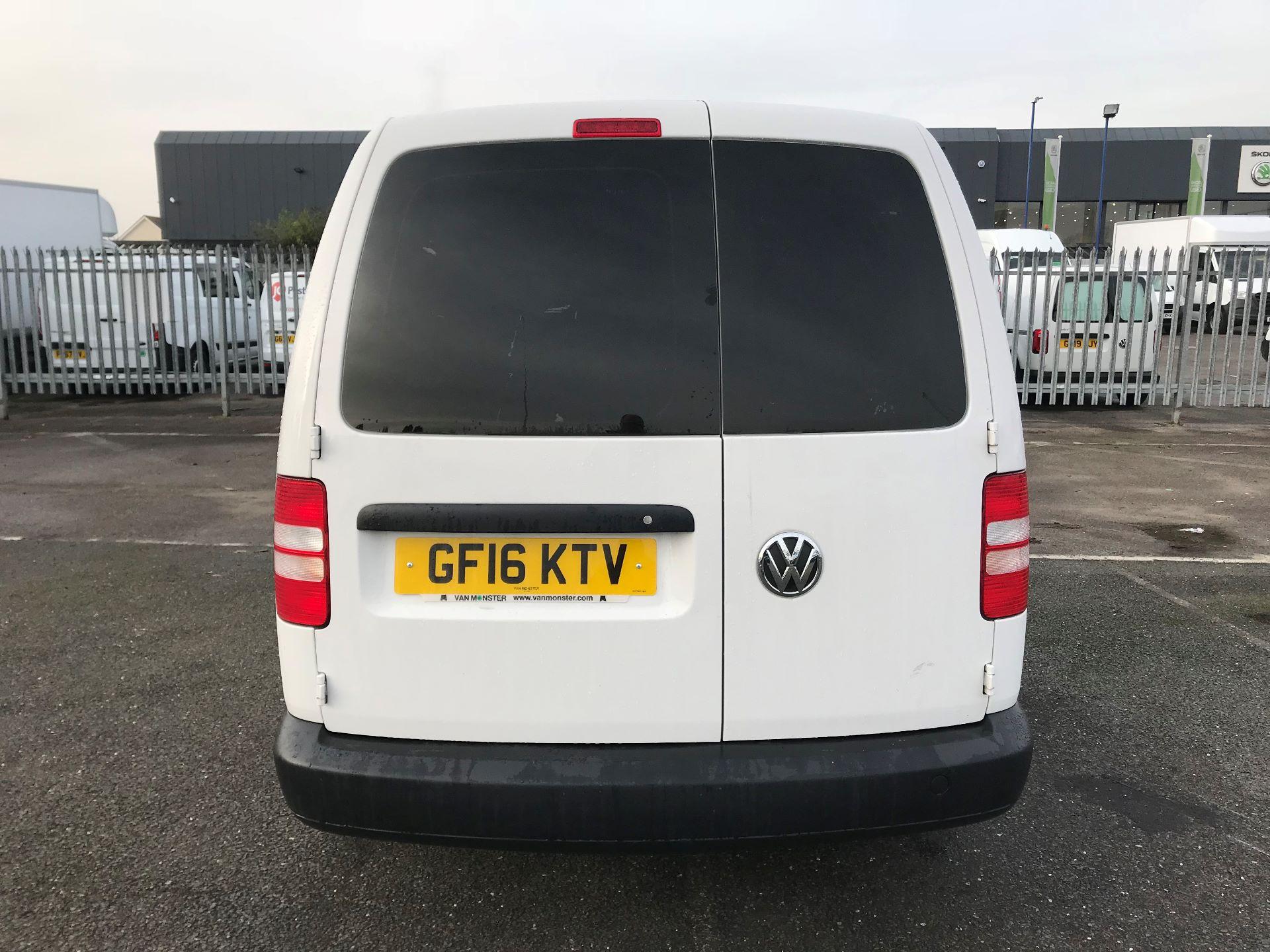 2016 Volkswagen Caddy Maxi  C20 102PS Startline Euro 5 (GF16KTV) Image 6