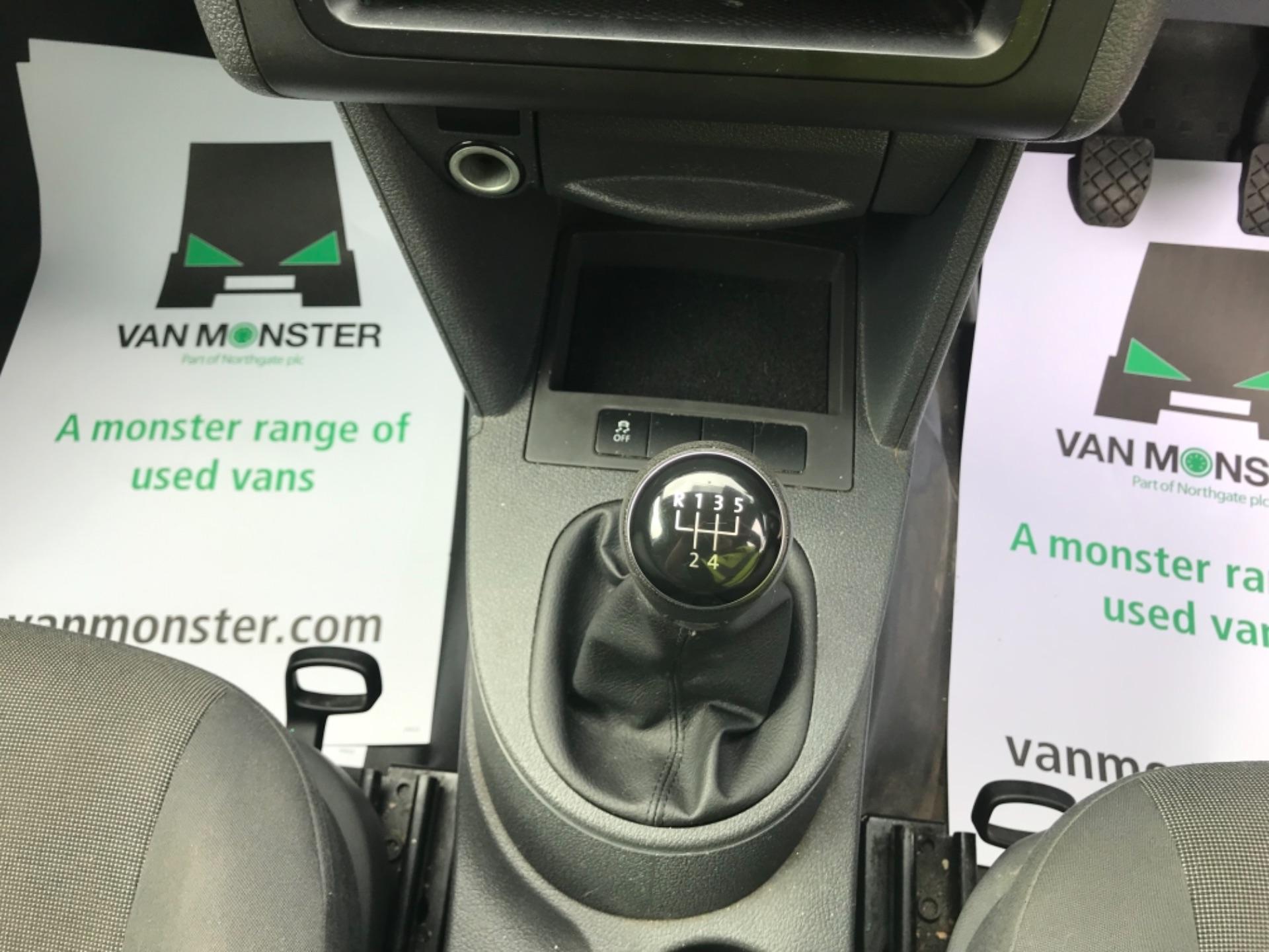 2016 Volkswagen Caddy Maxi 1.6 Tdi 102Ps Startline Euro 6 (GF16KUA) Image 16