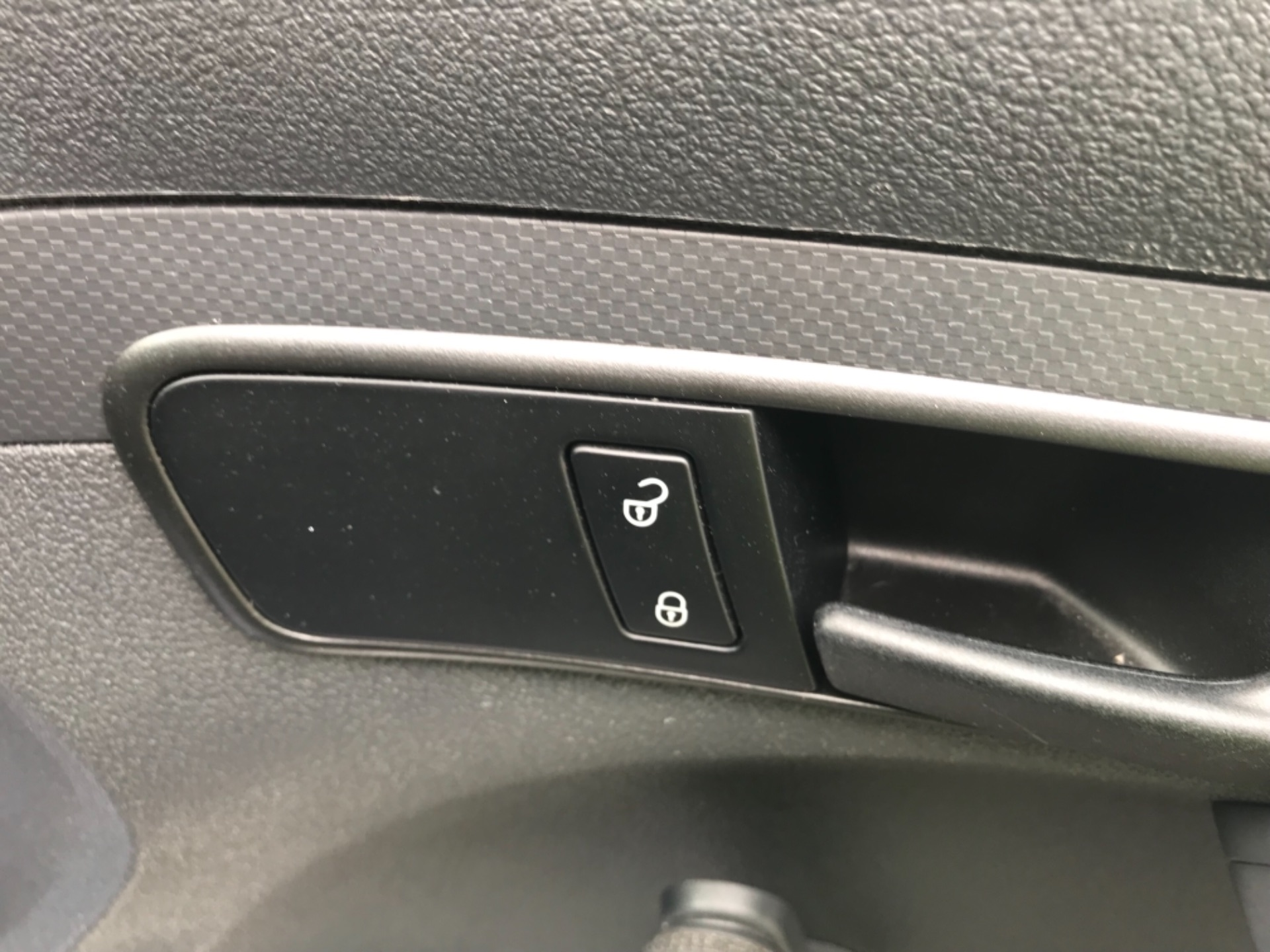 2016 Volkswagen Caddy Maxi 1.6 Tdi 102Ps Startline Euro 6 (GF16KUA) Image 19