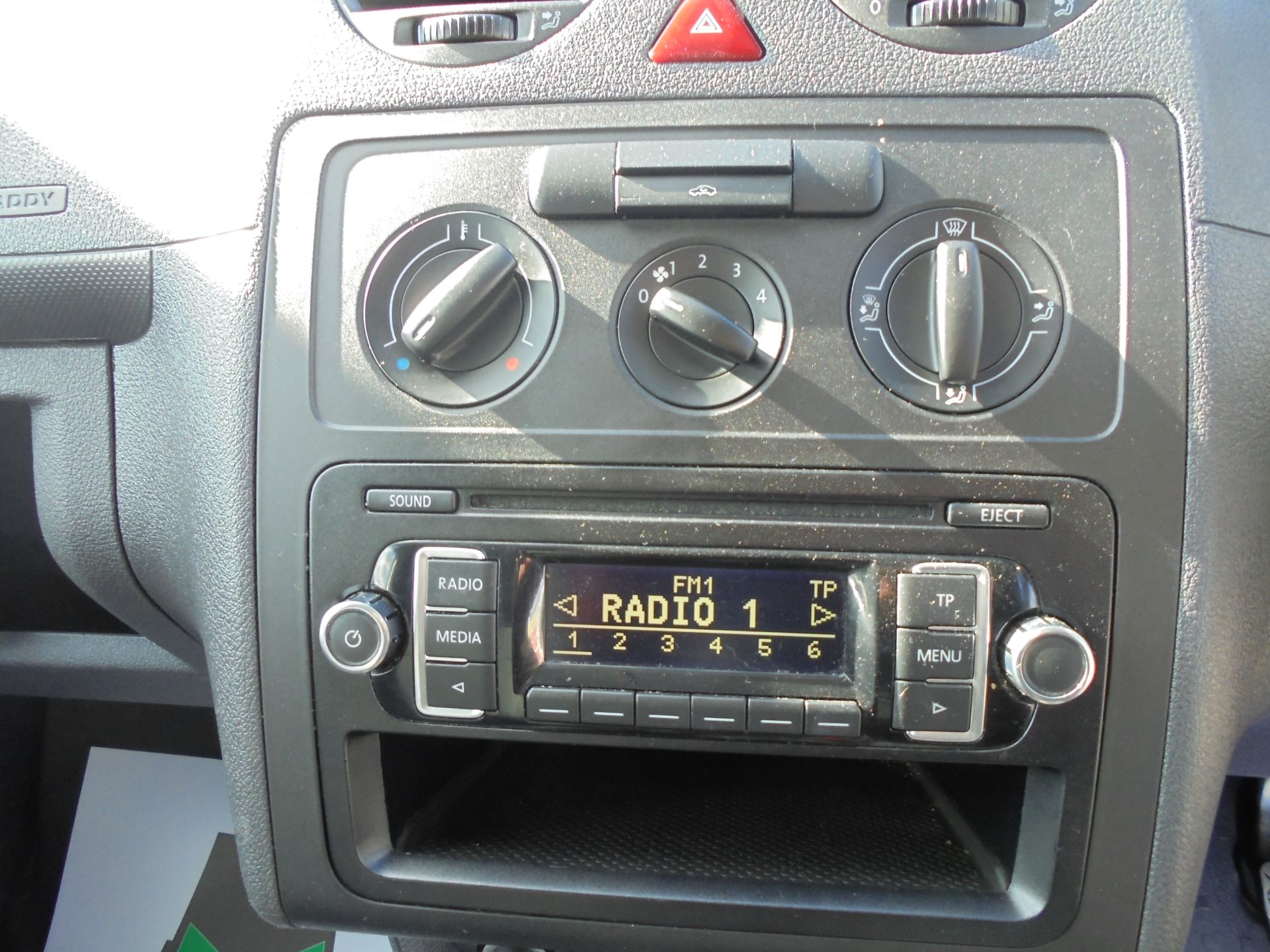 2016 Volkswagen Caddy Maxi  1.6 102PS STARTLINE EURO 5 (GF16KUK) Image 10