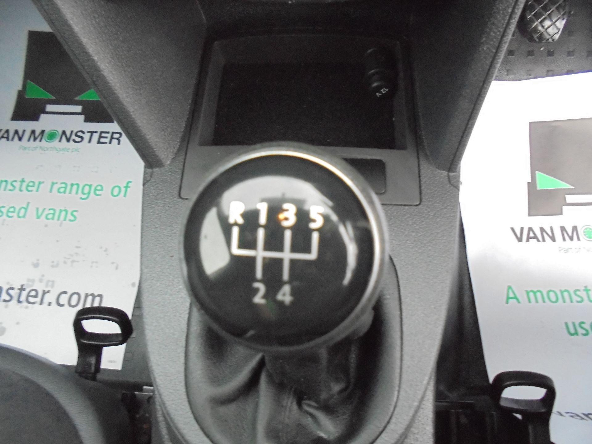 2016 Volkswagen Caddy Maxi 1.6 Tdi 102Ps Startline Van EURO 5 (GF16KUU) Image 16