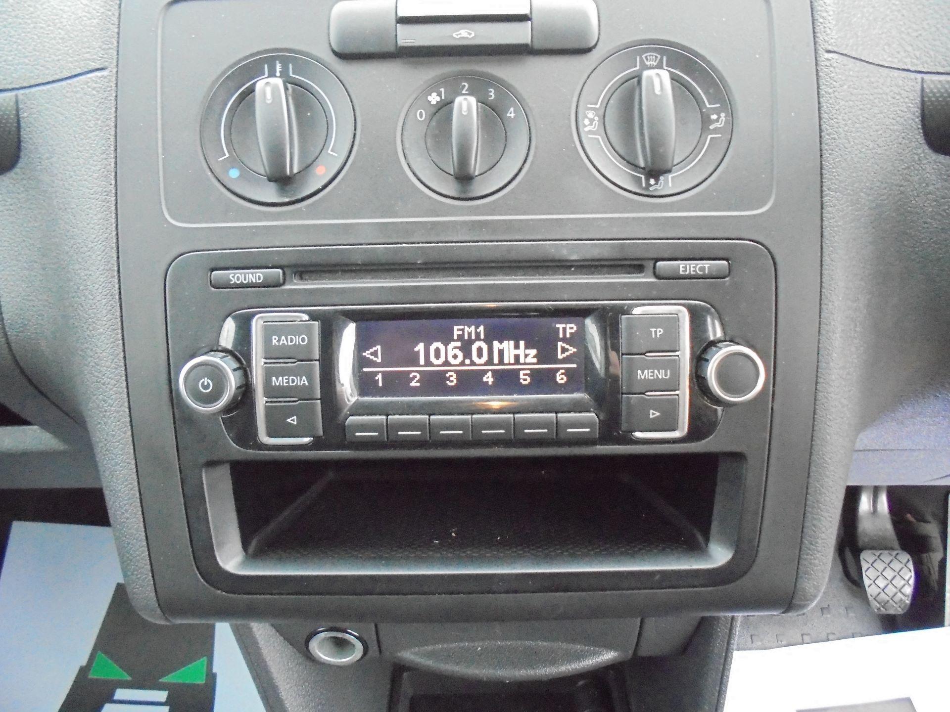 2016 Volkswagen Caddy Maxi 1.6 Tdi 102Ps Startline Van EURO 5 (GF16KUU) Image 15