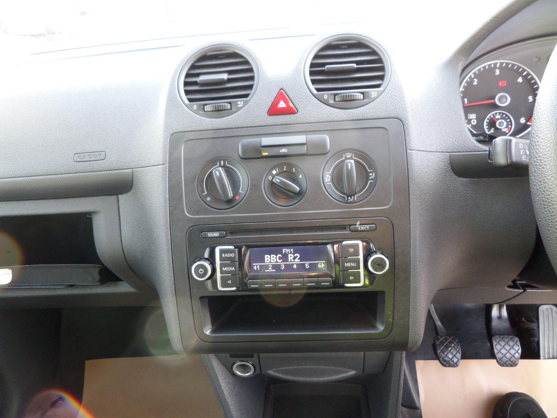 2016 Volkswagen Caddy Maxi 1.6 Tdi 102Ps Startline Van Euro 5 (GF16KVB) Image 13