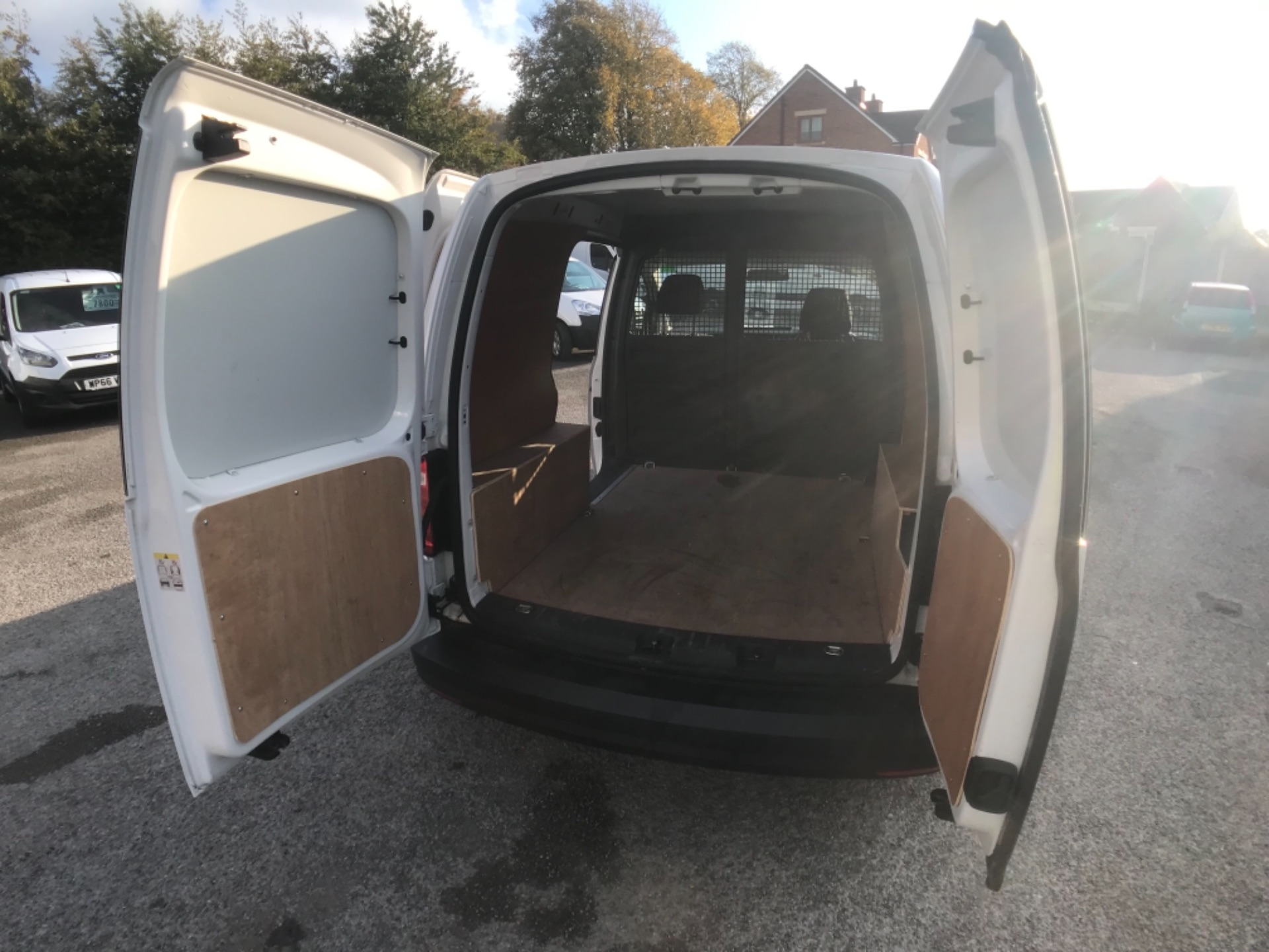 2016 Volkswagen Caddy  2.0 102PS BLUEMOTION TECH 102 STARTLINE EURO 6 (GF16KVS) Image 19