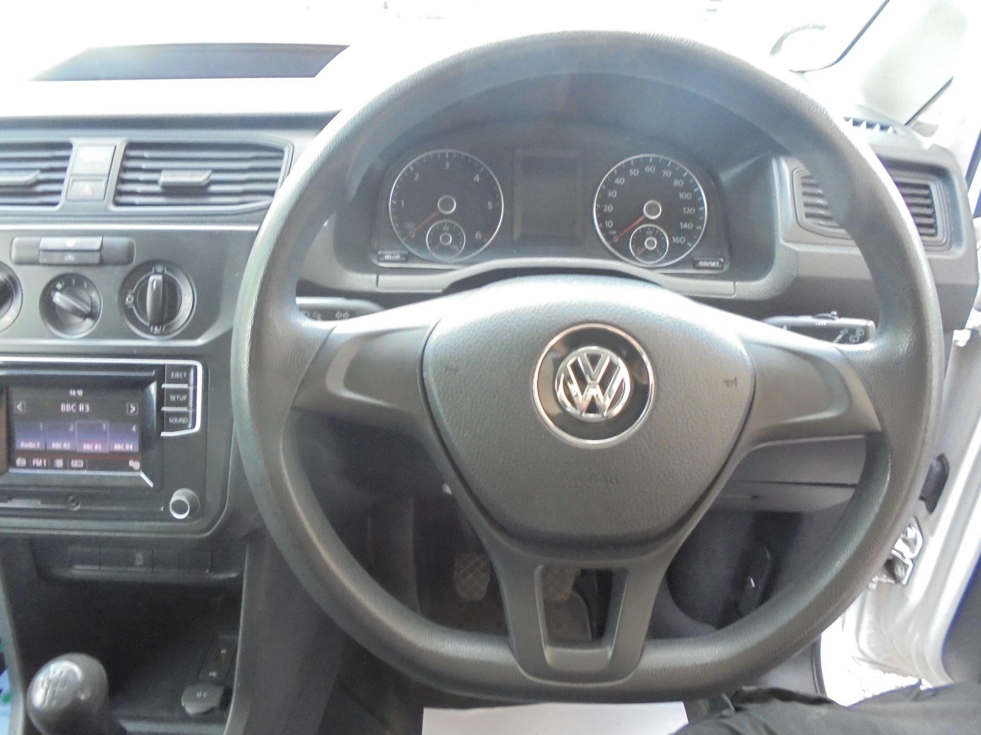 2016 Volkswagen Caddy  2.0 102PS BLUEMOTION TECH 102 STARTLINE EURO 6 (GF16KWD) Image 12