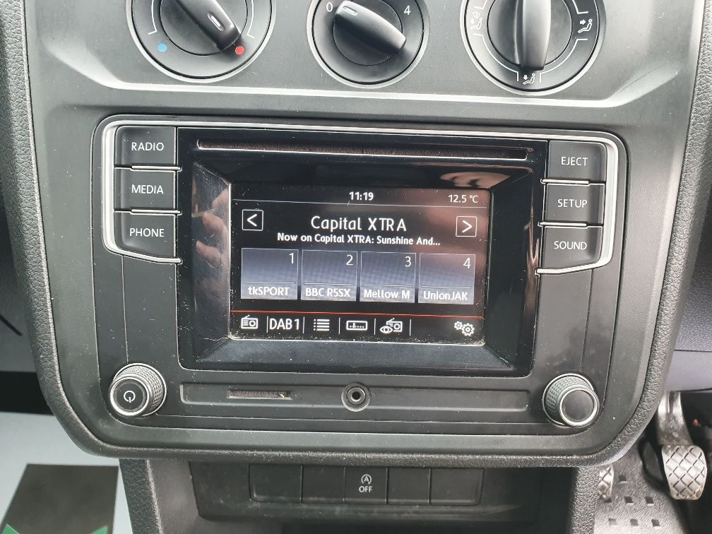 2016 Volkswagen Caddy 2.0 Tdi Bluemotion Tech 102Ps Startline Van (GF16NPU) Image 6