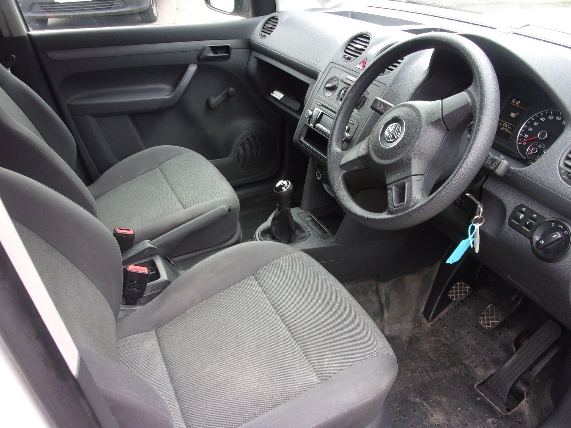 2017 Volkswagen Caddy C20 1.6 TDI 75PS STARTLINE VAN EURO 5 (GF17AVK) Image 2