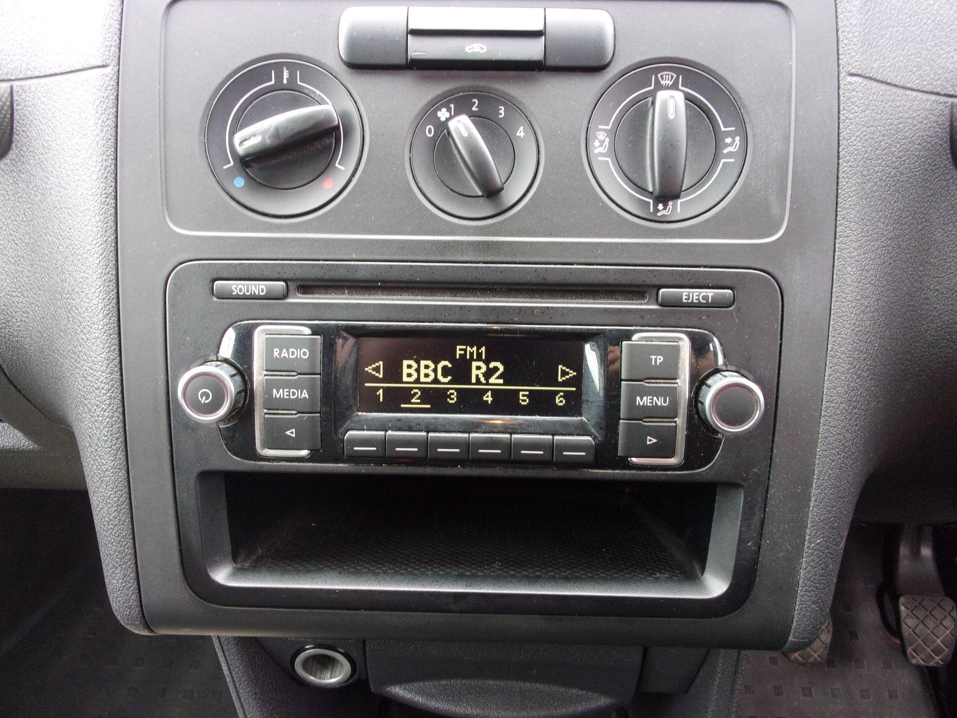 2017 Volkswagen Caddy C20 1.6 TDI 75PS STARTLINE VAN EURO 5 (GF17AVK) Image 3