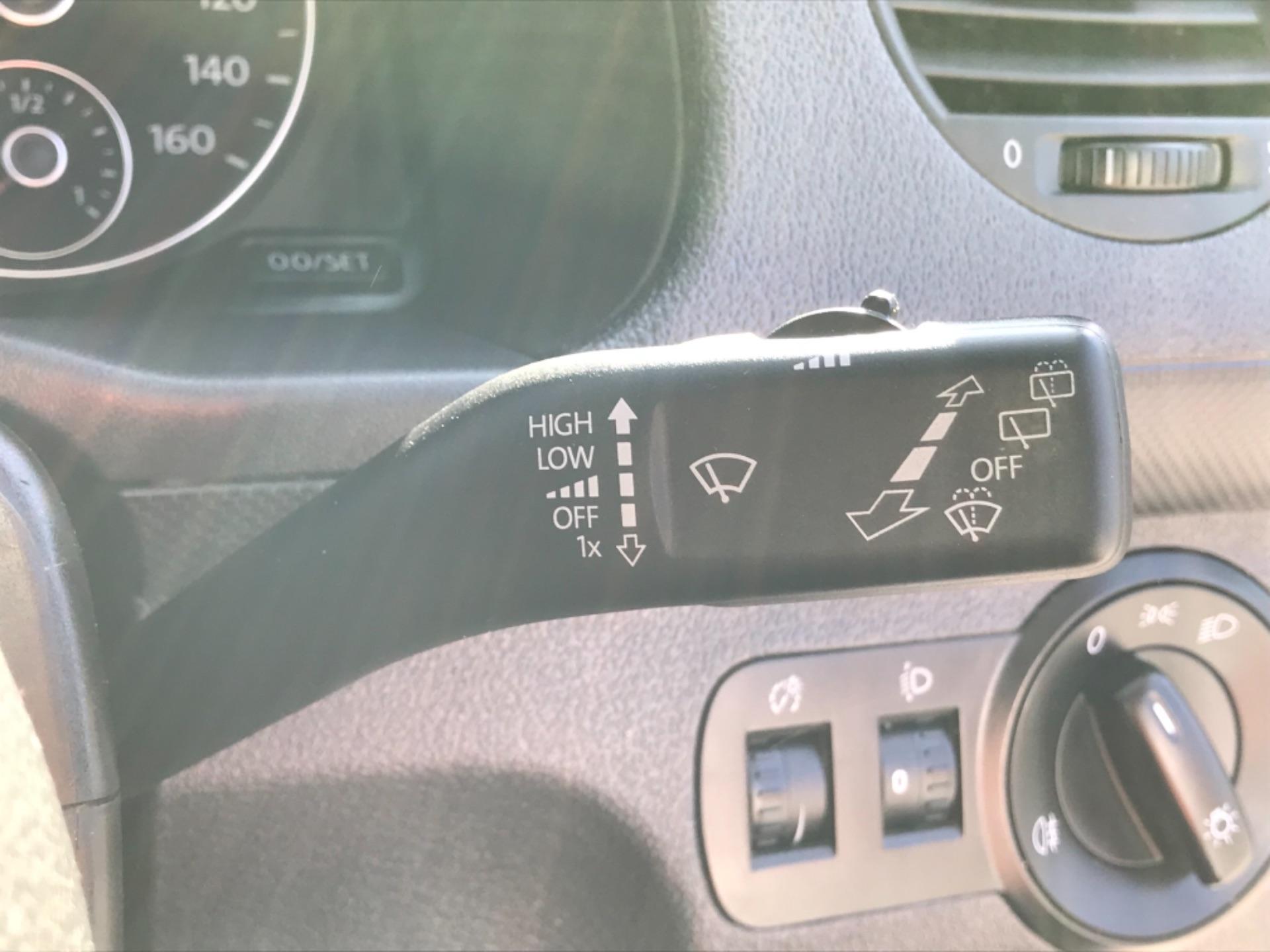 2017 Volkswagen Caddy 1.6 Tdi 75Ps Startline Van (GF17AVN) Image 16