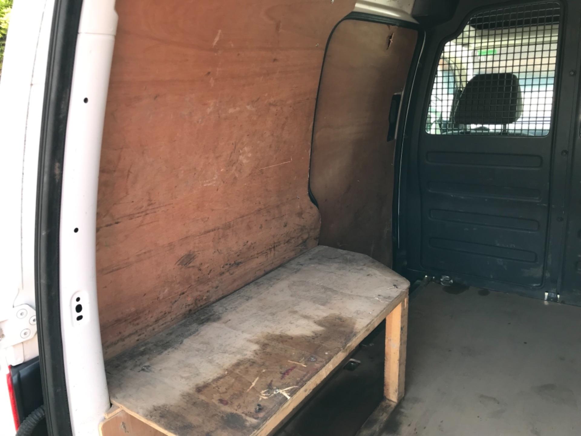 2017 Volkswagen Caddy 1.6 Tdi 75Ps Startline Van (GF17AVN) Image 32