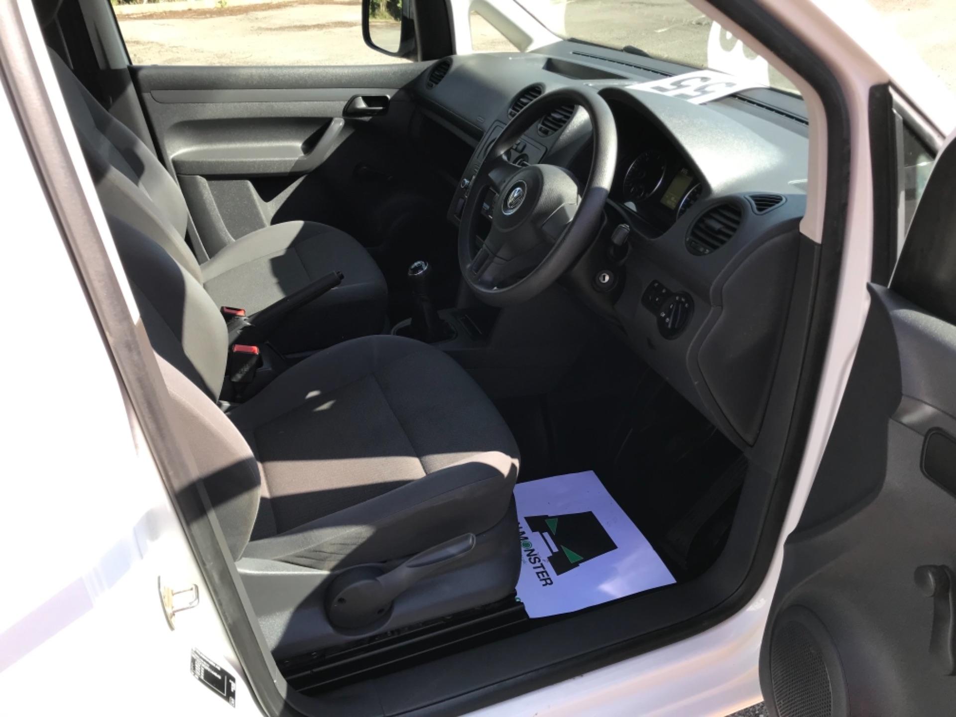 2017 Volkswagen Caddy 1.6 Tdi 75Ps Startline Van (GF17AVN) Image 10