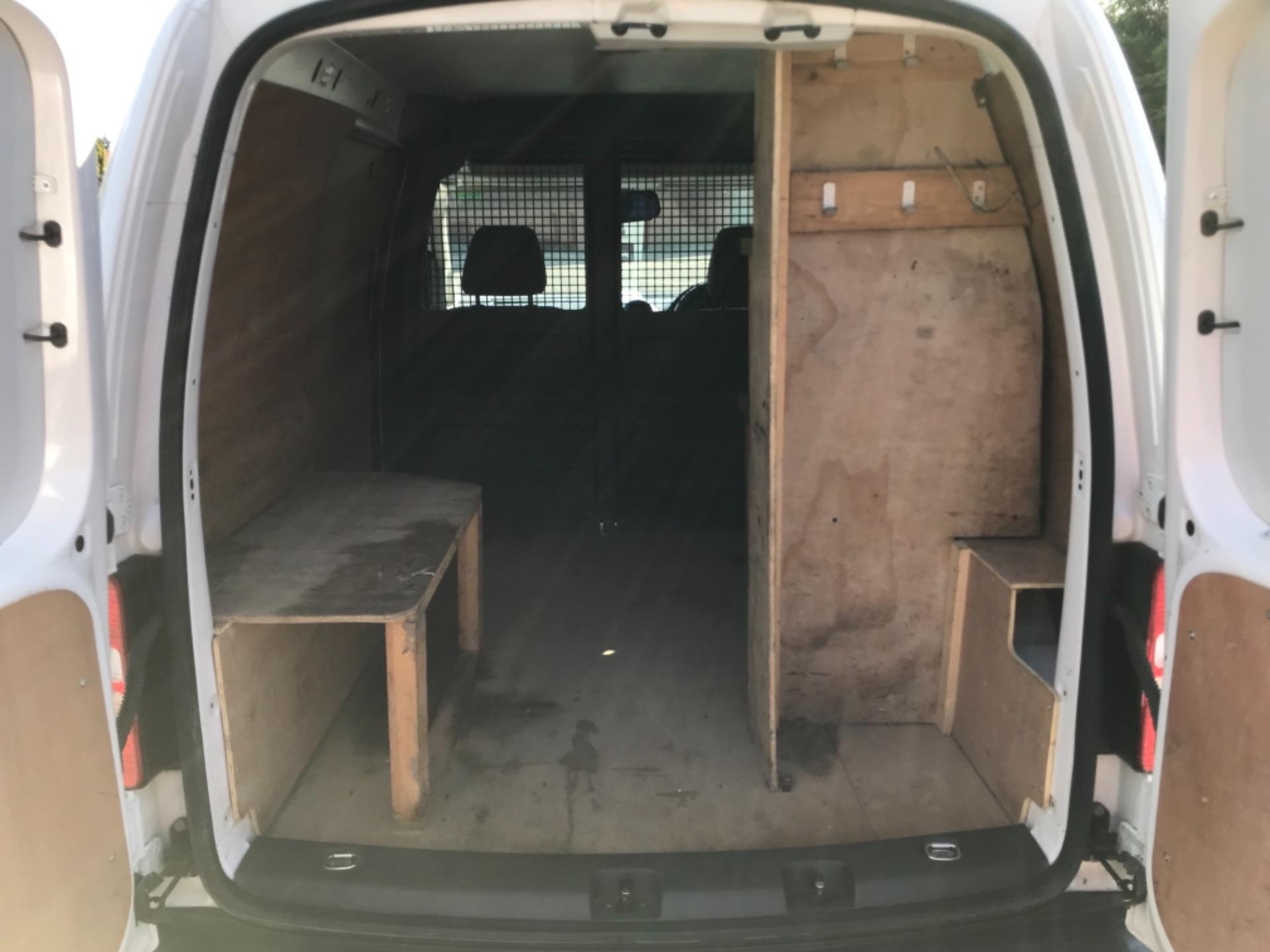 2017 Volkswagen Caddy 1.6 Tdi 75Ps Startline Van (GF17AVN) Image 30