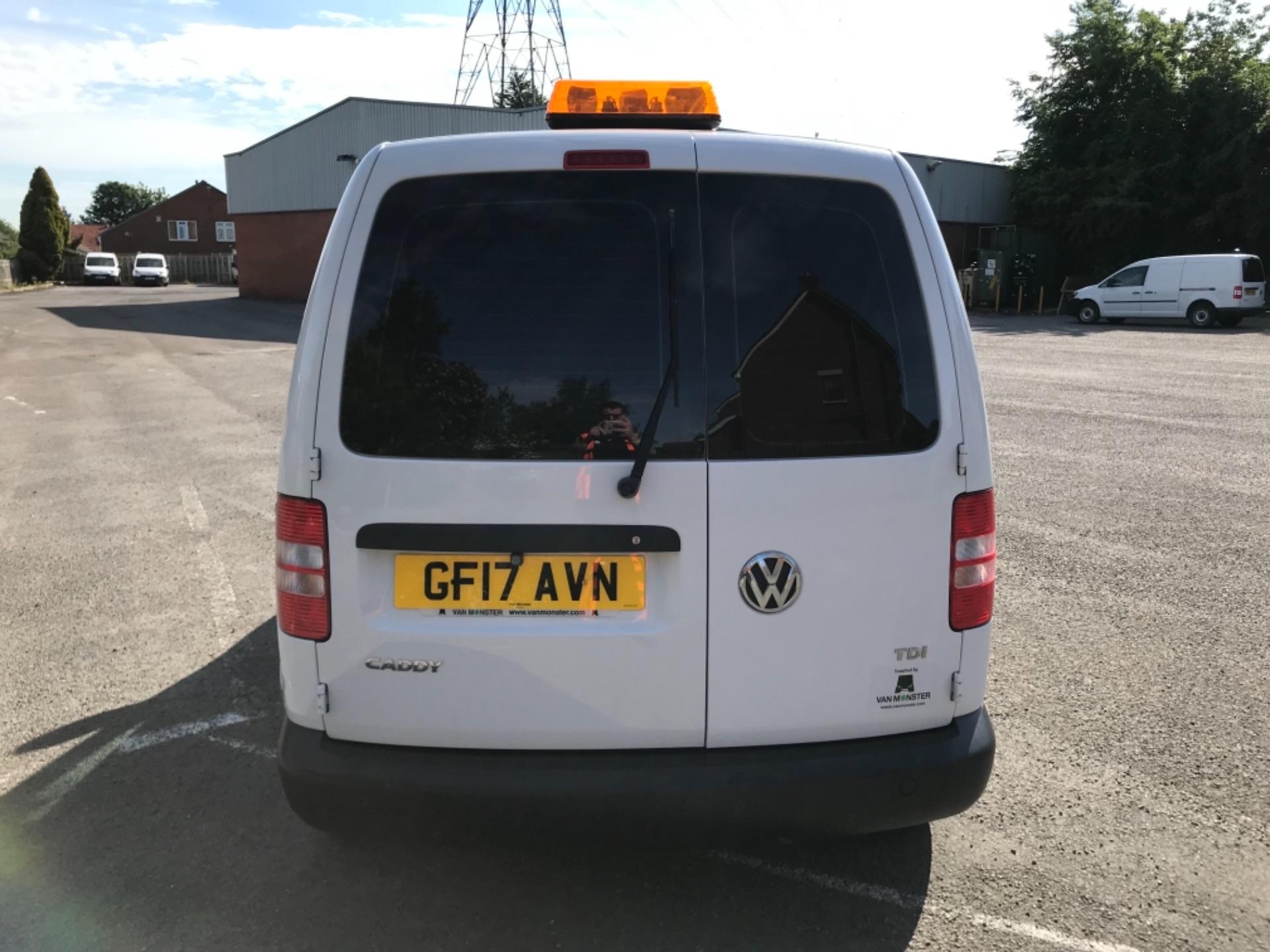 2017 Volkswagen Caddy 1.6 Tdi 75Ps Startline Van (GF17AVN) Image 6