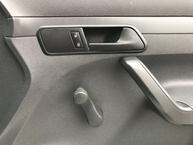2017 Volkswagen Caddy Maxi 1.6 Tdi 102Ps Startline Van Caddy Maxi (GF17AVU) Image 17