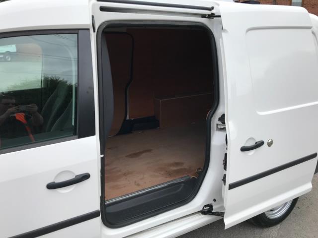 2017 Volkswagen Caddy Maxi 1.6 Tdi 102Ps Startline Van Caddy Maxi (GF17AVU) Image 29