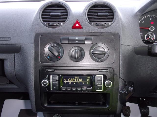 2017 Volkswagen Caddy C20 1.6 Tdi 75Ps Startline Van (GF17AVV) Image 3