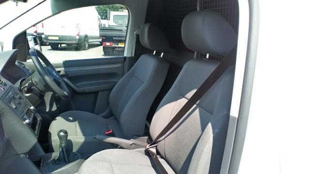 2017 Volkswagen Caddy 1.6 Tdi 75Ps Startline Van (GF17AWU) Image 14