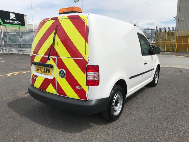2017 Volkswagen Caddy 1.6TDI 75PS STARTLINE EURO 5 (GF17AWW) Image 3