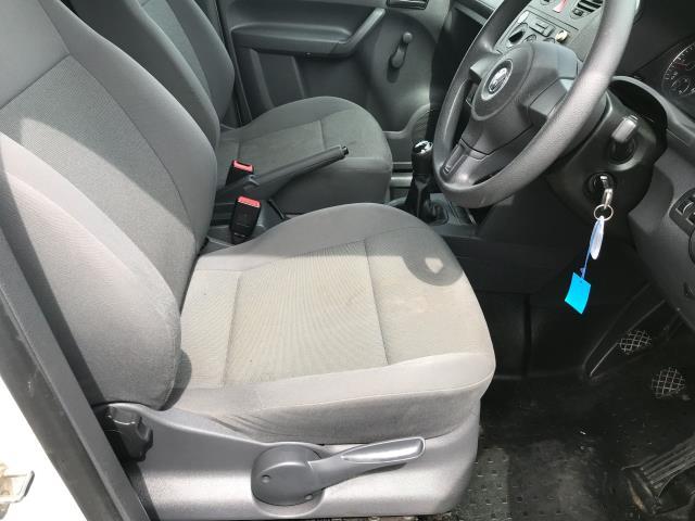 2017 Volkswagen Caddy 1.6TDI 75PS STARTLINE EURO 5 (GF17AWW) Image 8