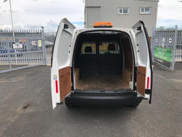 2017 Volkswagen Caddy 1.6TDI 75PS STARTLINE EURO 5 (GF17AWW) Image 17