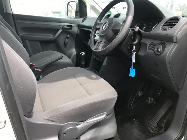 2017 Volkswagen Caddy 1.6TDI 75PS STARTLINE EURO 5 (GF17AWW) Image 13